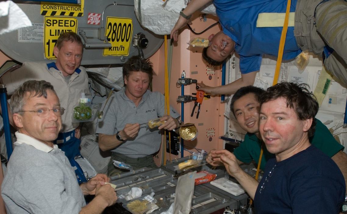 Les repas spatiaux pourraient un jour protéger les astronautes contre un excès de cholestérol.