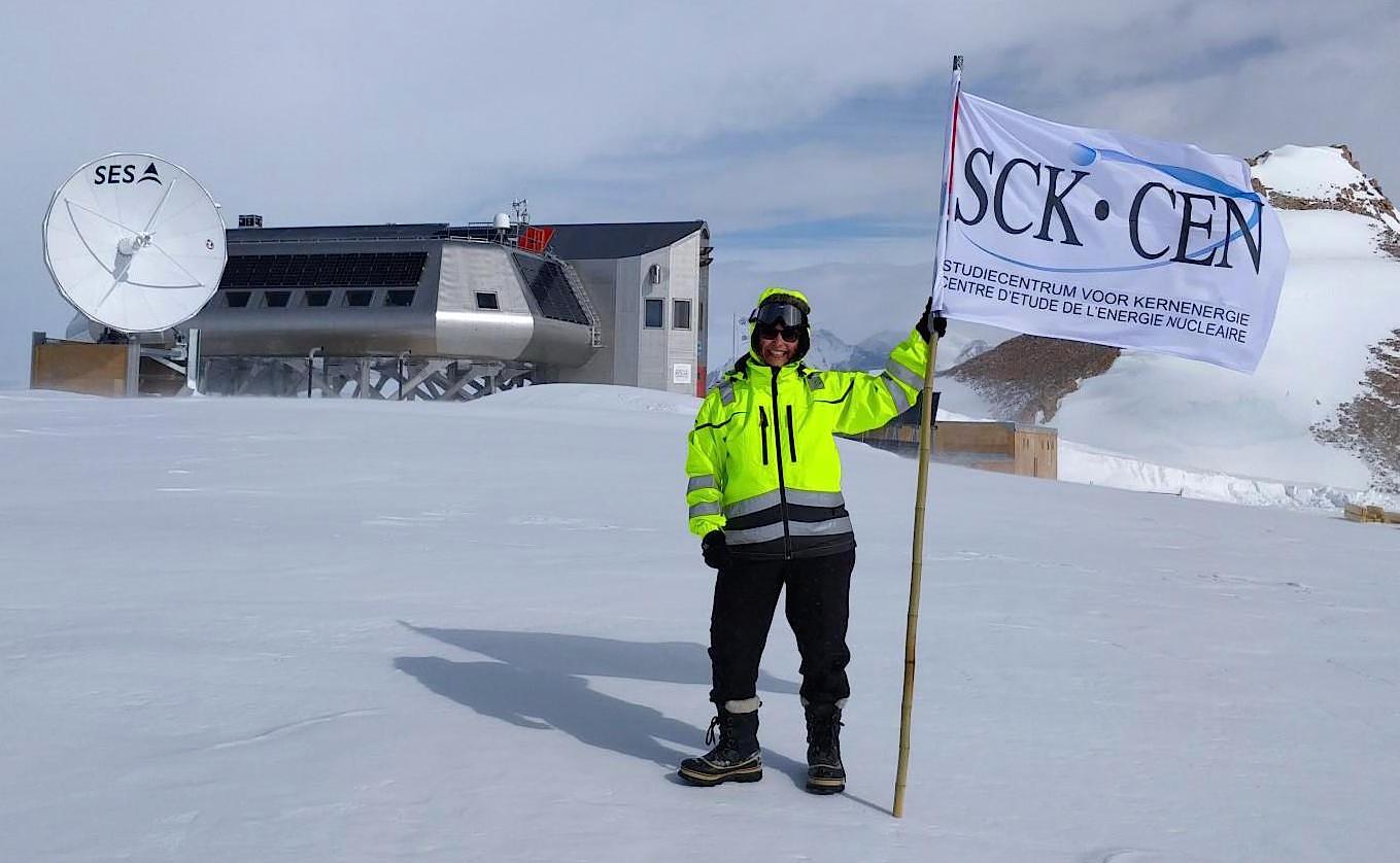 Le Dr Baatout, (SCK-CEN), était cette année à la Station polaire belge antarctique.