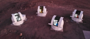Les quatre télescopes SPECULOOS, au Chili. © Astelco