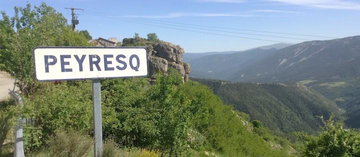 peyresq entree village