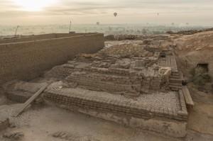 Louxor, découverte d'une pyramide lors de la campagne de fouille belge de 2013 (Ici, vue du site en janvier 2015).