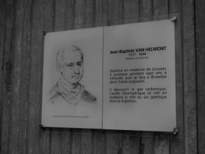 Van Helmont plaque a UCL