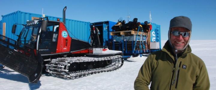 """Mission de terrain pour le Pr Pattyn, au départ de la Station """"Princess Elisabeth Antarctica""""."""