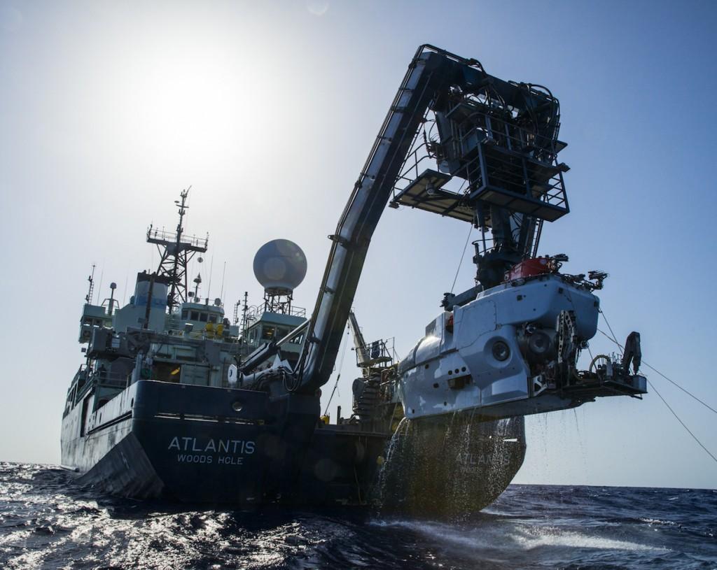 Le sous-marin américain Alvin, au retour d'une mission dans les abysses. © Luis Lamar