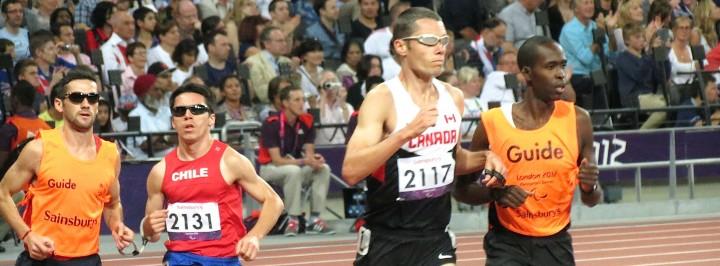Expressions faciales produites par des athlètes aveugles et leurs guides.